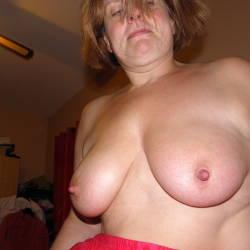 Medium tits of my wife - La Belga