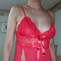 Leo's New Dress - Big Tits