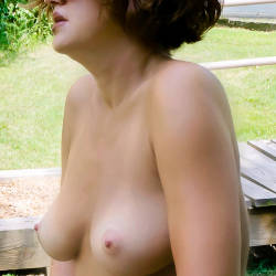 Medium tits of my wife - Chloe