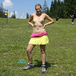 Bri Hiking Nude - Blonde, Flashing, Public Exhibitionist, Public Place, Shaved