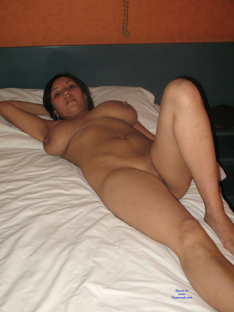 Nudes analisa amateur