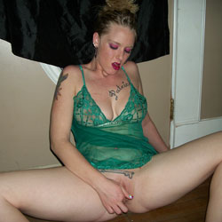 Oh Yess - Tattoos, Shaved, Lingerie, Blonde, Big Tits, Toys