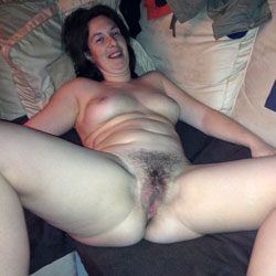 My Hairy Wife ! - Brunette, Wife/Wives, Bush Or Hairy