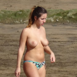 Maria Enjoys The Sunshine - Beach, Big Tits