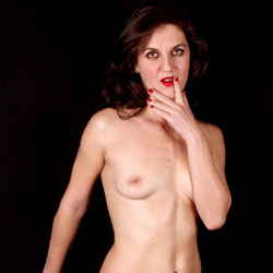 Shooting - Brunette Hair, Natural Tits, Shaved, Small Tits
