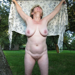 Ivana Nude In The Garden - Big Tits