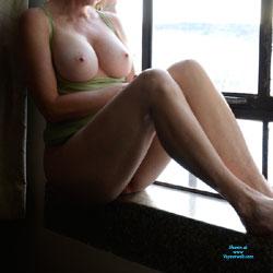 Window Pics - Big Tits