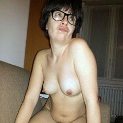 Mary Pregnant - Brunette