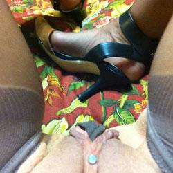 The Inside Story Of Pantyhose  - Close-Ups