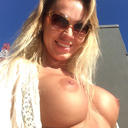 Big Tits Under The Sun - Big Tits, Blonde Hair, Exposed In Public, Firm Tits, Flashing Tits, Flashing, Huge Tits, Nude Outdoors, Perfect Tits, Showing Tits, Sunglasses, Hot Girl, Sexy Boobs, Sexy Face, Sexy Girl