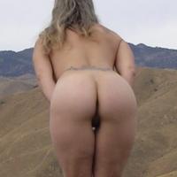 My wife's ass - L L