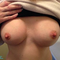Showing It All - Big Tits
