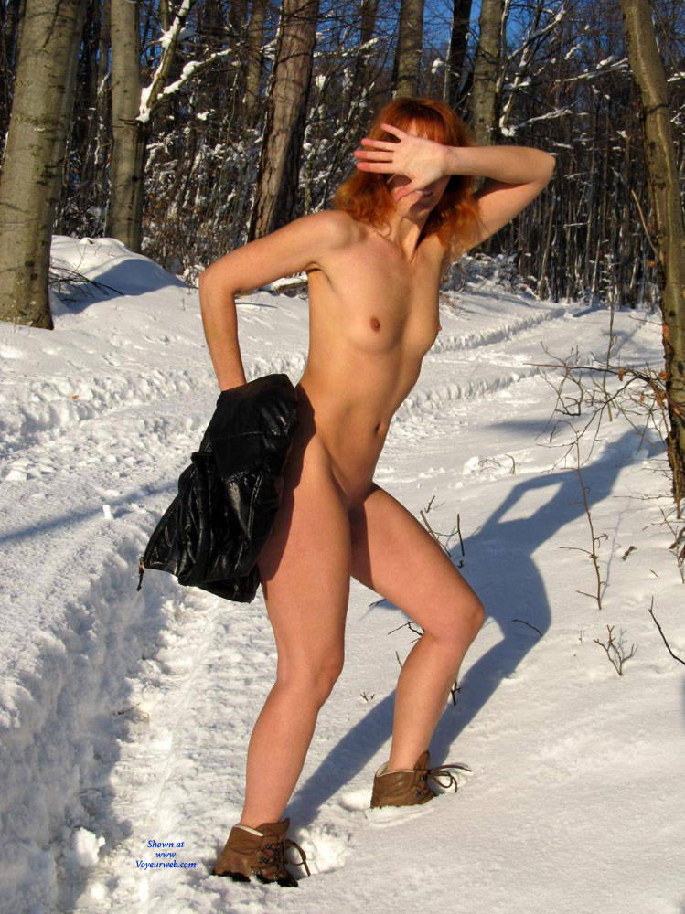 Pic #1 - Snow White - Nude In Public, Redhead , Redhead, Nude In Public, Outdoors, Exhibitionist
