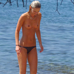Topless Daughter At The Sea - Bikini, Blonde Hair, Exposed In Public, Firm Tits, Hard Nipple, Nipples, Nude Beach, Nude In Nature, Nude Outdoors, Showing Tits, Small Tits, Water, Wet, Beach Tits, Beach Voyeur, Sexy Body, Sexy Figure, Sexy Girl, Sexy Legs, Teens, Young Woman