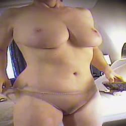 Medium tits of my wife - Olivia