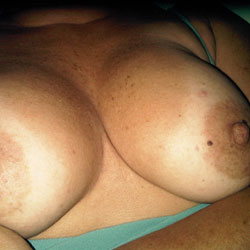Latin Mature Woman - Close-Ups