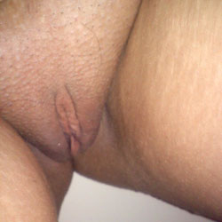 Hot Wife - Close-Ups, Wife/Wives