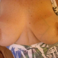 Very large tits of my wife - Lacey