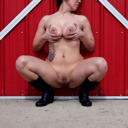Barnyard Striptease - Big Tits, Tattoos