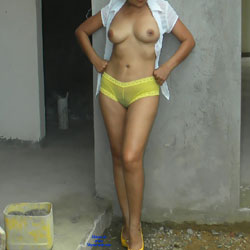 LuLu In A Construction - Big Tits, High Heels Amateurs, Wife/Wives