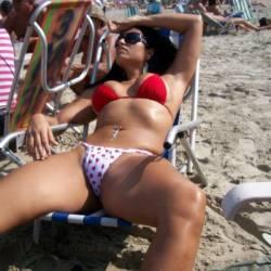 Cada Uma Beleza em Seu Lugar - Beach, Bikini Voyeur
