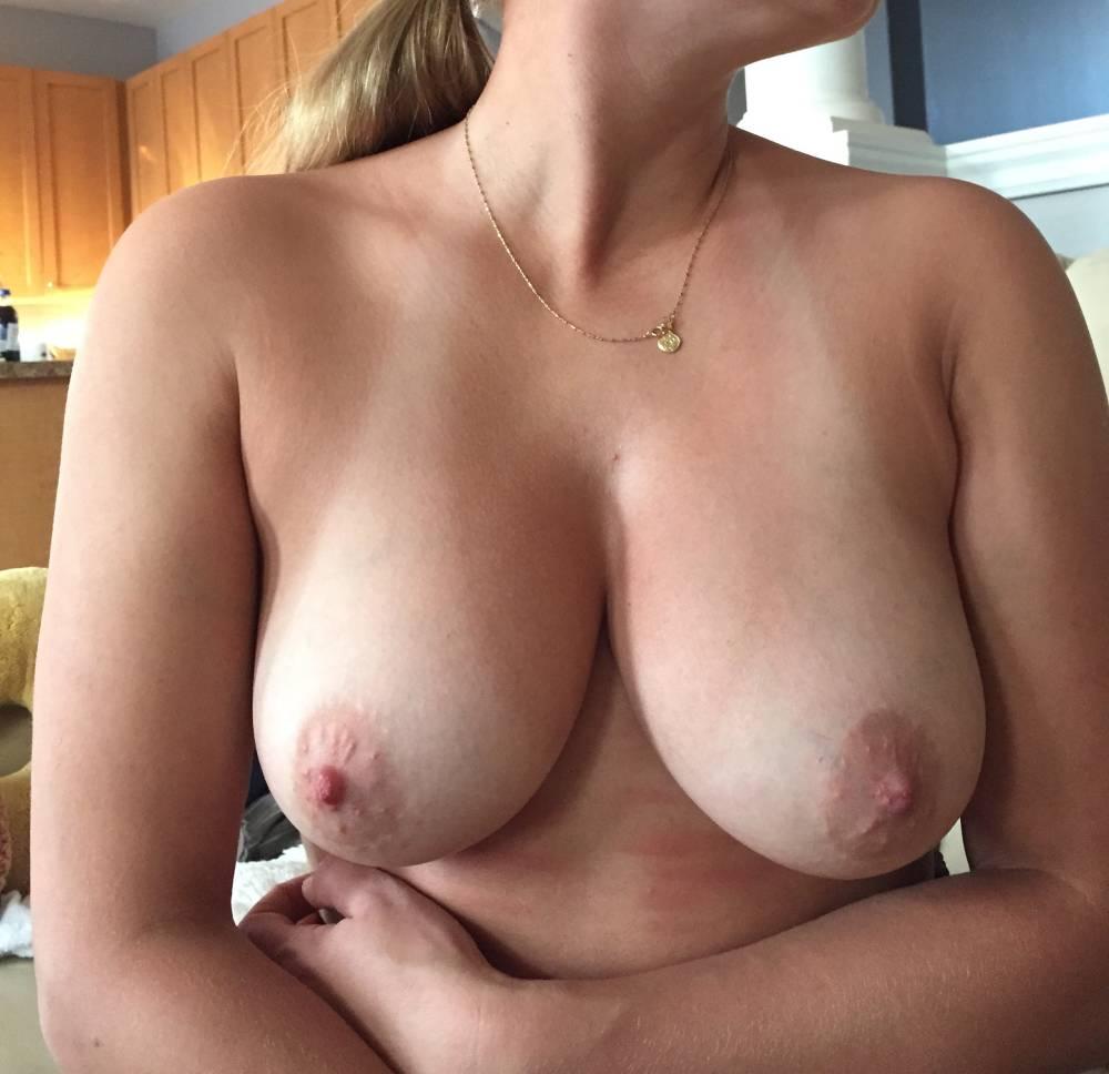 Natural medium breasts milf videos