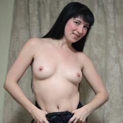 Sexy Kiki - Big Tits, Brunette
