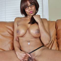 OHGirl In Glasses - Big Tits, Ebony