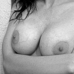 Large tits of my wife - Sexy Sarah
