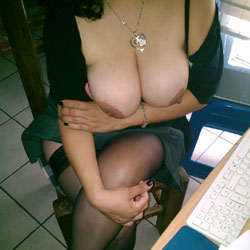 Trabajando - Big Tits, Lingerie