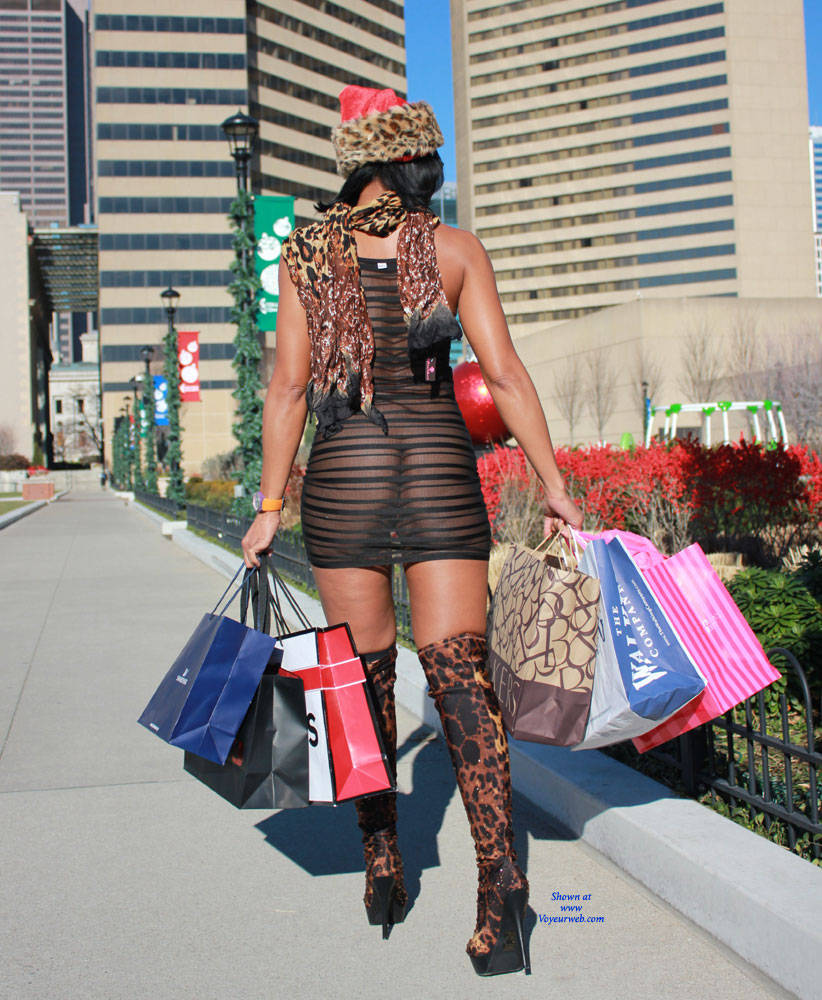 Holiday Shopping - April, 2015 - Voyeur Web