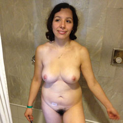 Susana Super Abierta  y Con Leche - Big Tits, Brunette, Bush Or Hairy