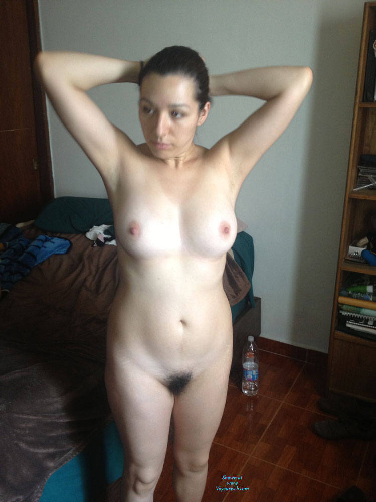 Pic #1 - Susana en Depa de Migo - Big Tits, Brunette Hair, Hairy Bush , Latina, Hispanic, Nude, Sexy, Big Ass