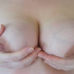 Medium tits of my girlfriend - japot