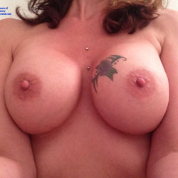 Sexy Milf - Big Tits, Tattoos
