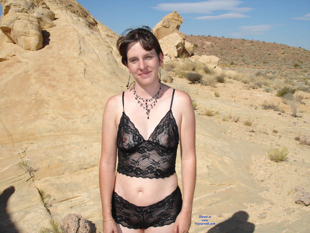Pic #1 - Hot Desert Fun With Friends - Sexy Lingerie , Lesbian Babe, Softcore, Outdoors, Exhibitions, Kissing