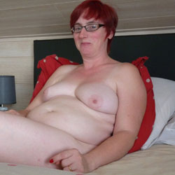 On The Bed - Big Tits, Redhead