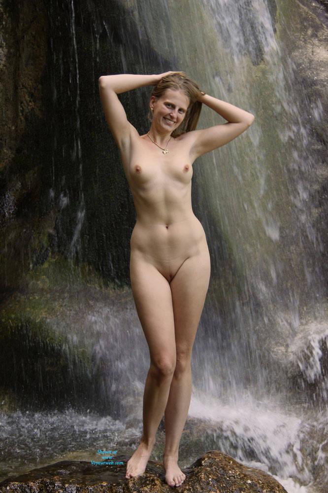 Bri Under The Waterfall - Nude In Public, Shaved , Sexy, Blonde, Wet Babes, Horny Slut, Dirty Blonde