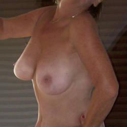 Medium tits of my wife - Mrs.CynUK