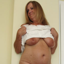 Bedroom Tease - Big Tits, Shaved