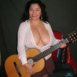 Senora Mustia y Cachonda 4 - Big Tits, Brunette