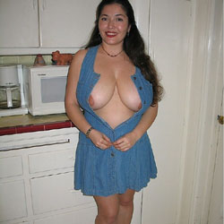 Senora Mustia y Cachonda 6 - Big Tits, Brunette, See Through