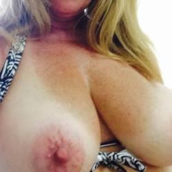 Very large tits of my girlfriend - debbie