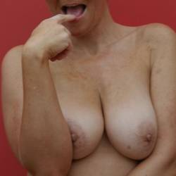 Large tits of my wife - tosh