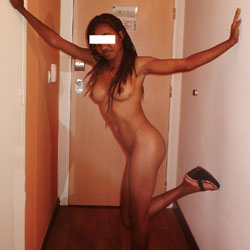 Jilda Intimate Photos 2 - Ebony, Young Woman