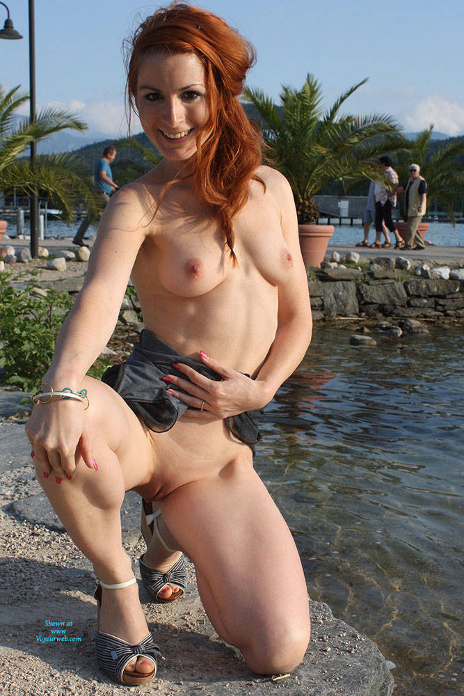 Pic #7 Vienna Relaxing Afternoon - Big Tits, Flashing, Public Exhibitionist, Public Place, Redhead, Shaved