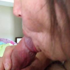Morning Wood - Blowjob, Close-Ups