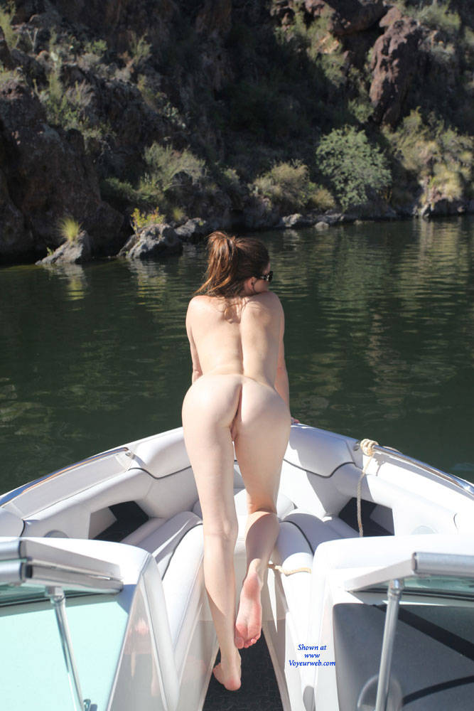 Pic #1 - On The Lake - Sexy Ass , Nude At The Lake, Horny Girlfriend, Long Legs, Tight Ass