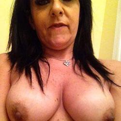 Selfie Tits - Big Tits, Brunette
