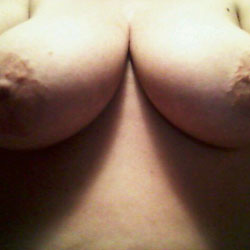 Few Selfies - Big Tits, Close-Ups